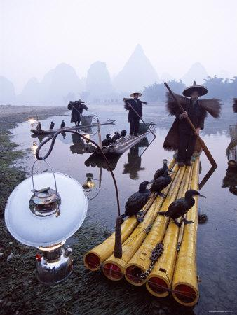 https://imgc.allpostersimages.com/img/posters/cormorant-fisherman-on-bamboo-rafts-li-river-yangshou-guangxi-province-china_u-L-P35ZUI0.jpg?p=0