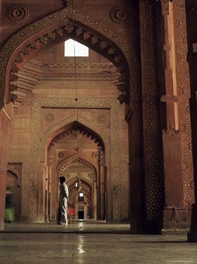 Corridor in the Mosque, Fatehpur Sikri, Unesco World Heritage Site, Uttar Pradesh State, India by G Richardson