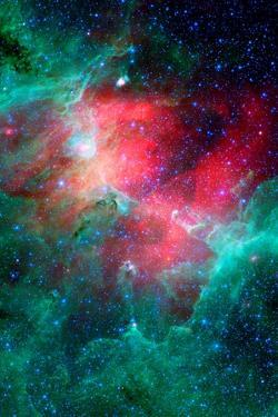 Cosmic Epic Unfolds Eagle Nebula in Infrared Space