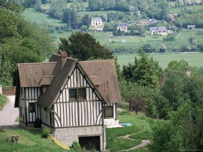 https://imgc.allpostersimages.com/img/posters/cottage-vallee-d-auge-auge-valley-basse-normandie-normandy-france_u-L-P1TW770.jpg?p=0