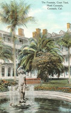 Courtyard, Hotel del Coronado, San Diego, California