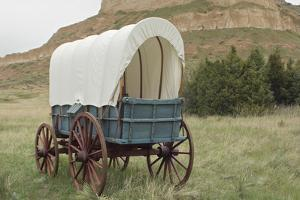 Covered Wagon Replica on the Oregon Trail, Scotts Bluff National Monument, Nebraska