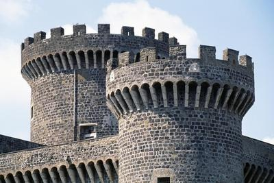 https://imgc.allpostersimages.com/img/posters/crenellated-towers-rocca-pia-fortress_u-L-PPQJ3A0.jpg?p=0