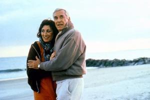 Crimes and delits CRIMES AND MISDEMEANORS, 1989 by WOODY ALLEN with Anjelica Huston and Martin Land