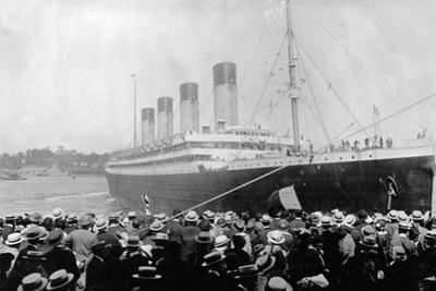 Crowds Looking at the Olympic Ocean Liner