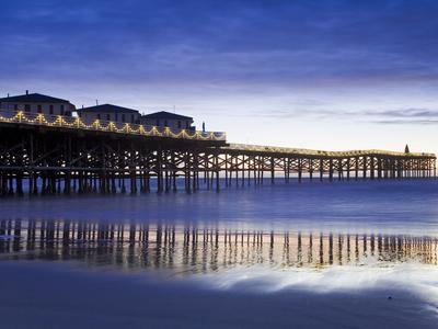 https://imgc.allpostersimages.com/img/posters/crystal-pier-on-pacific-beach-san-diego-california-united-states-of-america-north-america_u-L-PFNE820.jpg?p=0