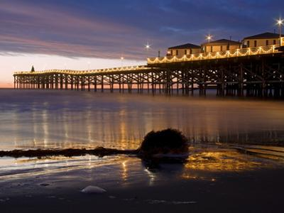Crystal Pier on Pacific Beach, San Diego, California, United States of America, North America