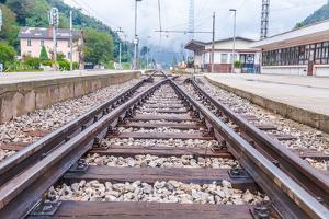 Train Tracks. by cubrick