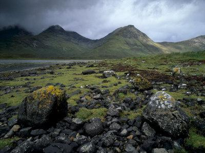 https://imgc.allpostersimages.com/img/posters/cuillin-hills-from-the-shores-of-loch-slapin-isle-of-skye-highland-region-scotland-uk_u-L-P7LS4W0.jpg?p=0