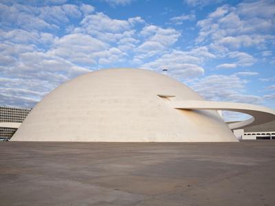 https://imgc.allpostersimages.com/img/posters/cultural-complex-of-the-republic-national-museum-brasilia-distrito-federal-brasilia-brazil_u-L-PFNL6F0.jpg?artPerspective=n
