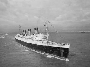 Cunard Liner Queen Mary Leaves Southampton for the Last Time for Her Retirement Berth, October 1967