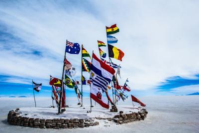 Salar De Uyuni (Salt Flat), Bolivia by Curioso Travel Photography
