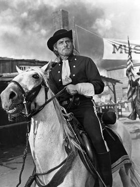 Custer l homme by l ouest by RobertSiodmak with Robert Shaw, 1967 (b/w photo)