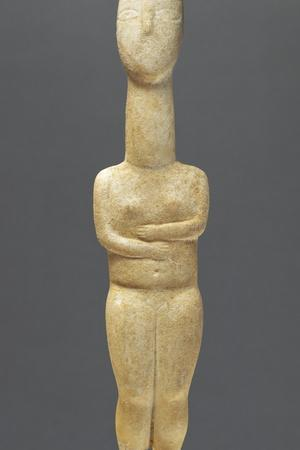 https://imgc.allpostersimages.com/img/posters/cycladic-female-figure-with-folded-arms-of-the-precanonical-type_u-L-PZRLYB0.jpg?artPerspective=n