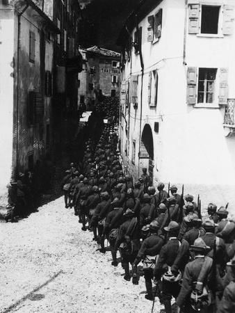 https://imgc.allpostersimages.com/img/posters/czechoslovak-brigade-marching-practice-summer-1918_u-L-POPOB00.jpg?p=0