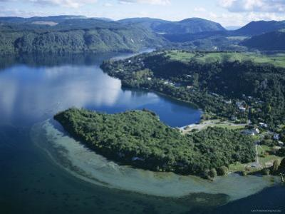 Local Lakes Surrounded by Forests and Giant Ferns, Rotorua, South Auckland, New Zealand