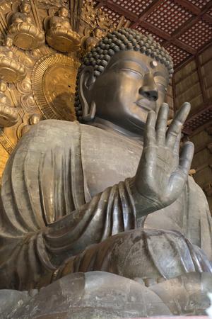 https://imgc.allpostersimages.com/img/posters/daibutsu-great-buddha-vairocana-inside-the-daibutsu-den-hall-of-the-buddhist-temple-of-todai-ji_u-L-PWFKF30.jpg?p=0