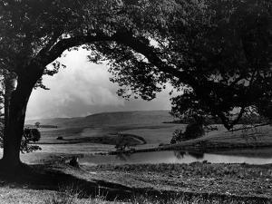 Craigallian Loch 1956 by Daily Record