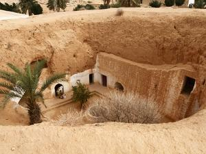 Troglodyte Pit Home, Berber Underground Dwellings, Matmata, Tunisia, North Africa, Africa by Dallas & John Heaton