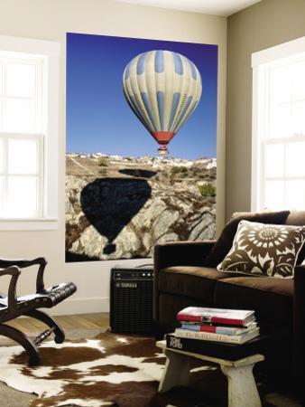 Hot-Air Ballooning Near Uchisar
