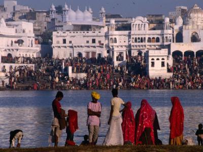 Pilgrims on Ghats of Pushkar Lake, Pushkar, Rajasthan, India