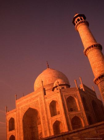 Taj Mahal and Minaret at Sunrise, Agra, Uttar Pradesh, India