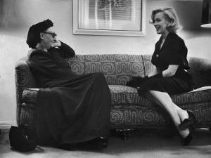 Dame Edith Sitwell Talking W. Actress Marilyn Monroe