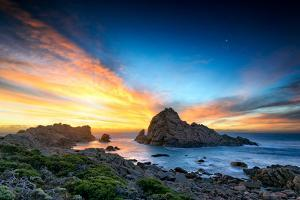 Sugarloaf Rock, Donsborough, Western Australia by Damien Seidel