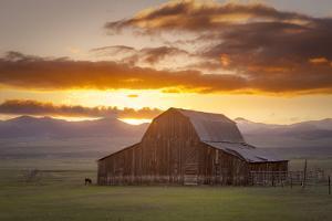 Wet Mountain Barn II by Dan Ballard