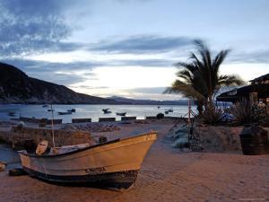 Sunrise at Tehuamixtle Beach by Dan Gair