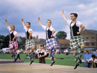 https://imgc.allpostersimages.com/img/posters/dancers-at-the-highland-games-edinburgh-lothian-scotland-united-kingdom_u-L-P1TAMM0.jpg?p=0