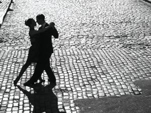 Dancers performing the Tango