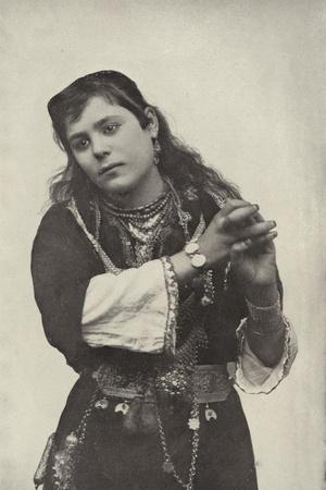 https://imgc.allpostersimages.com/img/posters/dancing-girl-in-the-street-of-cairo-theatre_u-L-PPCEJP0.jpg?p=0