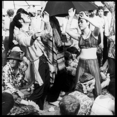 https://imgc.allpostersimages.com/img/posters/dancing-hippies-1967_u-L-Q108AW00.jpg?p=0