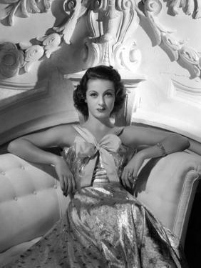 Danielle Darrieux by Ray Jones of Universal Studio, 1937 (b/w photo)