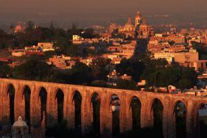 Aqueduct of Queretaro by Danny Lehman