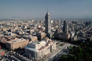 View from above of Mexico City by Danny Lehman