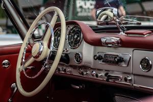 Car by DannyWilde