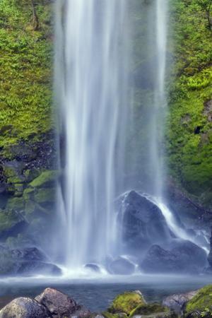 Elwha Falls Columbia River Gorge National Scenic Area, Oregon by Darrell Gulin