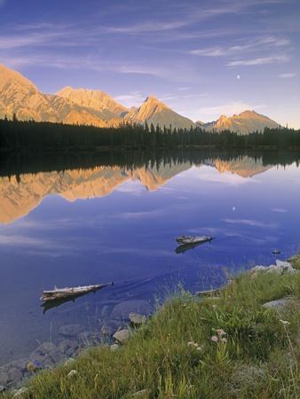 Spillway Lake and the Opal Range, Peter Lougheed Provincial Park, Kananaskis Country, Alberta, Cana