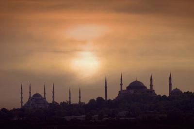 Turkey, Istanbul, Blue Mosque and Hagia Sophia, Sunset