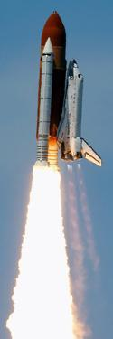 Space Shuttle by Dave Martin