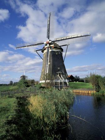 Windmill, Netherlands by David Barnes