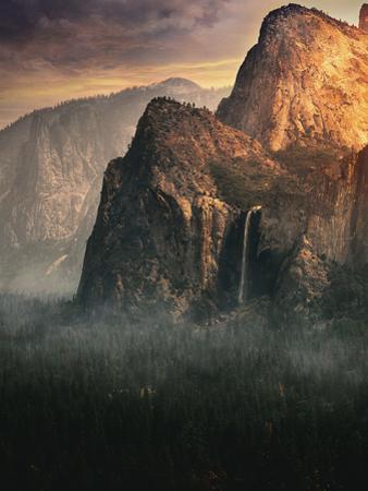 Bridalveil fall, Yosemite by David George