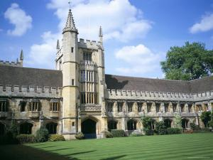 Founders Tower from Cloister Quadrangle, Magdalen College, Oxford, Oxfordshire, England by David Hunter