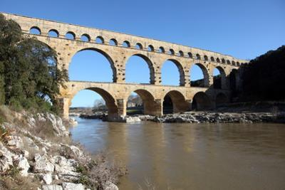 Roman Aqueduct of Pont Du Gard by David Lomax