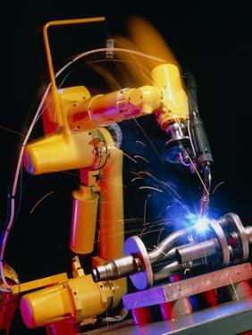 Computer-controlled Arc-welding Robot by David Parker