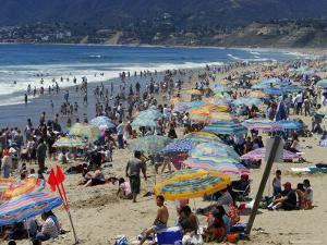 Crowd on Santa Monica Beach by David Peevers