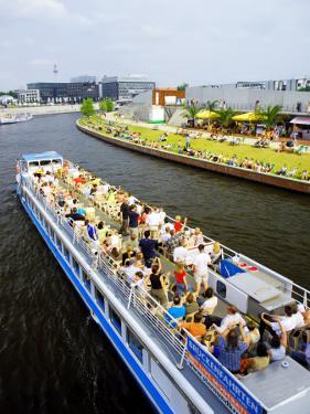 Cruise on River Spree by David Peevers