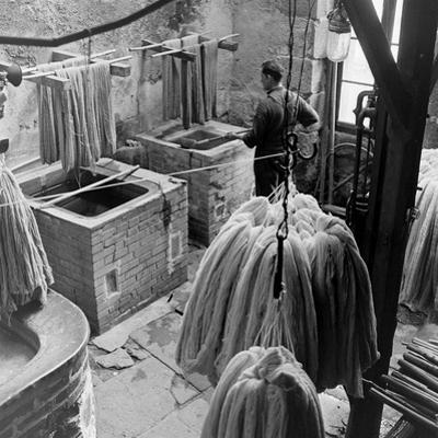 Aubusson Tapestry Weaving in France, 1946 by David Scherman